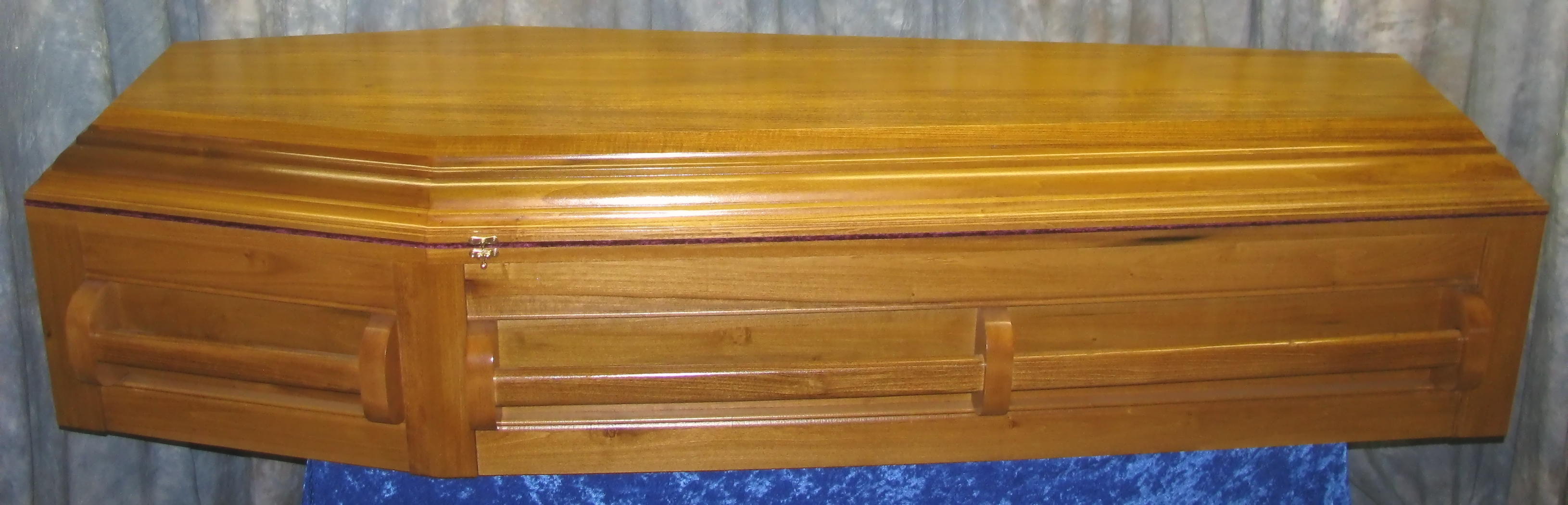 Wood Funeral Caskets & Coffins for Sale - $499 & Up - Wide Selection